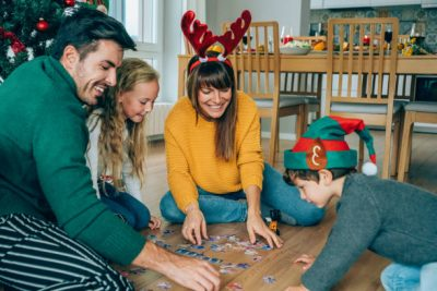25 Absolutely Fun Games For An Awesome Family Night