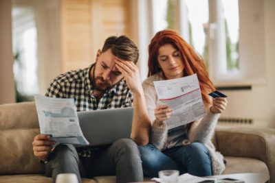 How to manage your finances as a couple
