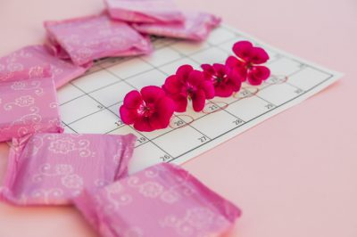 5 helpful tips for getting intimate during menstruation