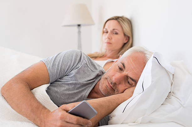 Signs a spouse is cheating